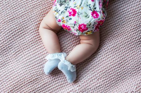 Mama's Feet Skarpetki dziecięce Dostojna Szarość 6-12 m-cy
