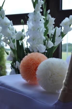 Pompon tiulowy Brzoskwiniowy 15 cm, handmade