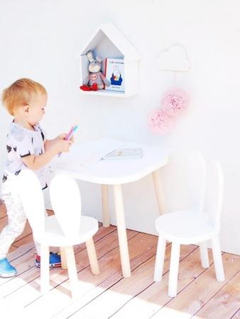 Stolik drewniany dziecięcy