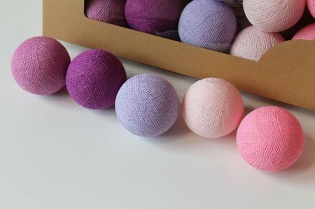 Świecące kule COTTON BALL zestaw Light Berry 10 sztuk